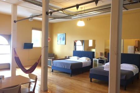 Unit 101: Spacious private studio - 1000 sq.ft.
