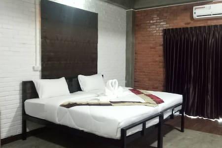 BAAN9'NAN(r4).Extra king size bed and Sofa bed.