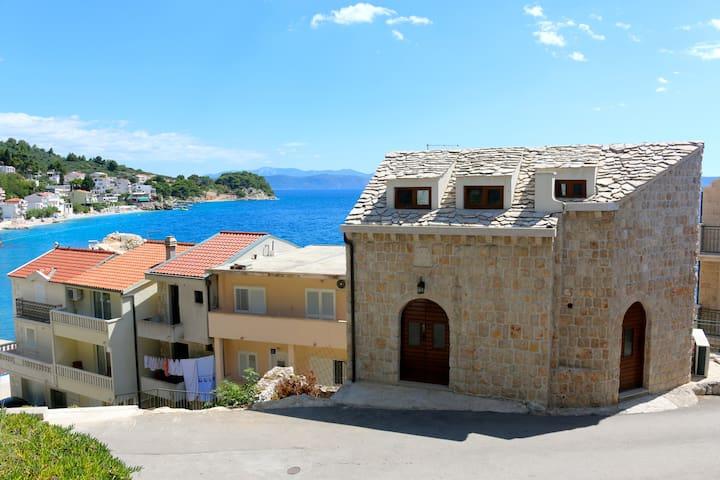 Villa Marina –Old world charm with modern updates