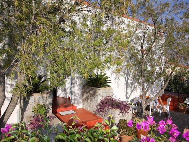 Villa Monti e Mare  situé en centre ville