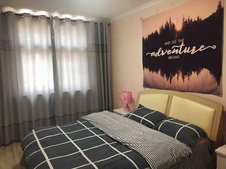和远Sofar 两室带(客厅)夏日避暑首选 精致温馨公寓等您来 位于 城北区 黄金地带