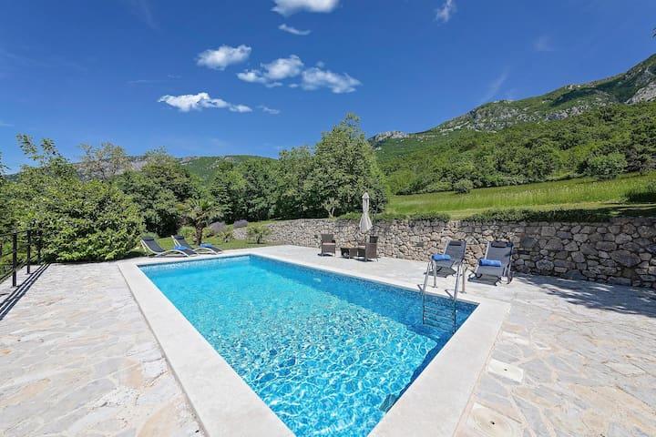 Renoviertes Steinhaus Villa Rocco