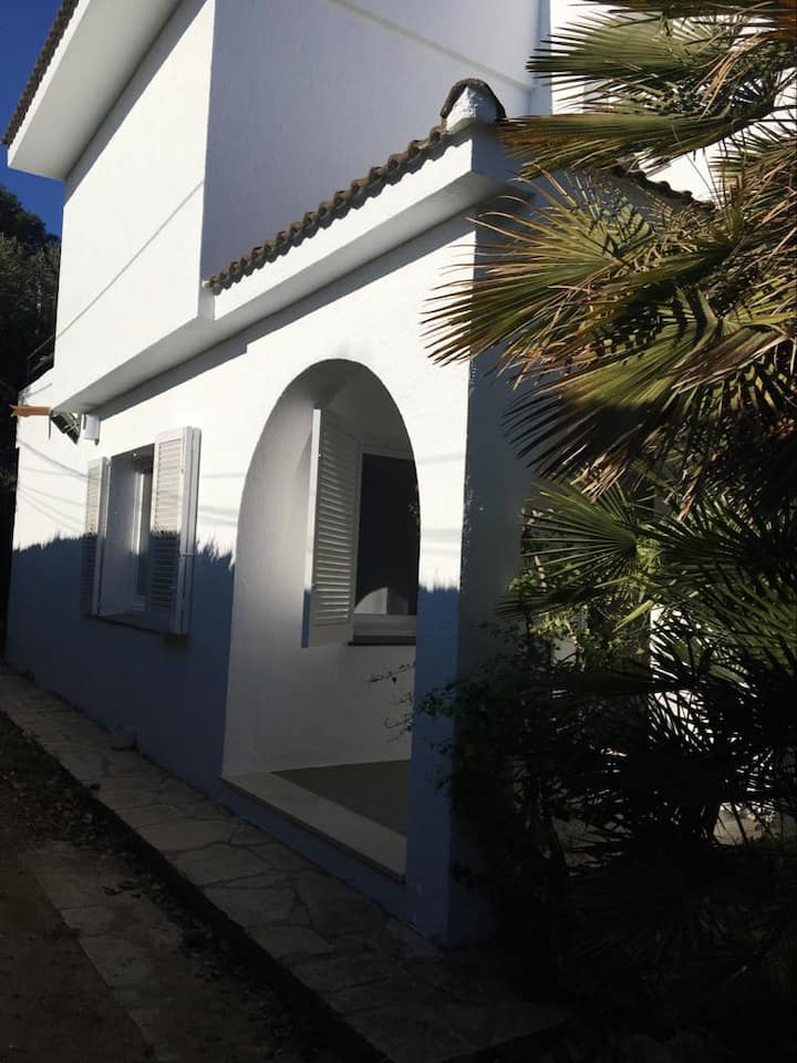 Casa familiar cerca de la playa y PortAventura