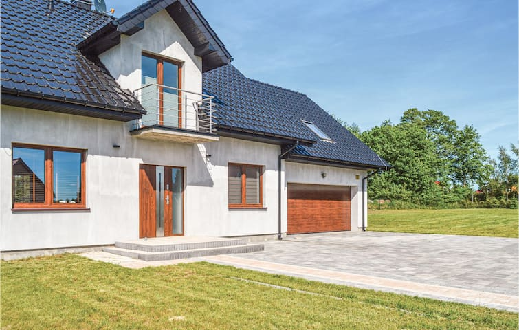 Holiday cottage with 3 bedrooms on 98m² in Rusko