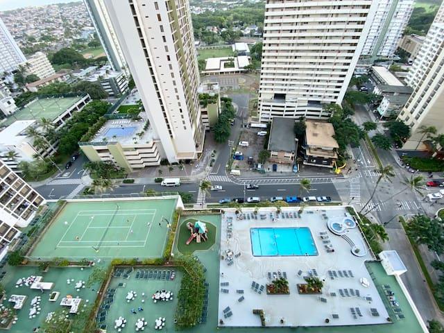 Beach Casa Waikiki Beach w/ Parking Pool  Hot Tub