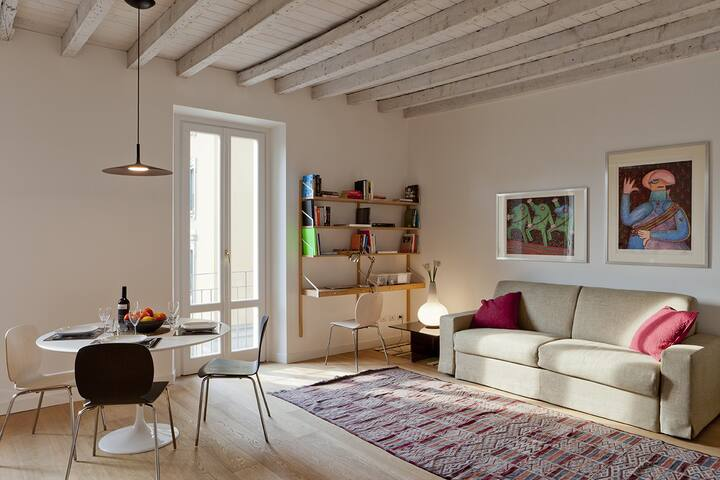 Charming apartment overlooking Parco Sempione