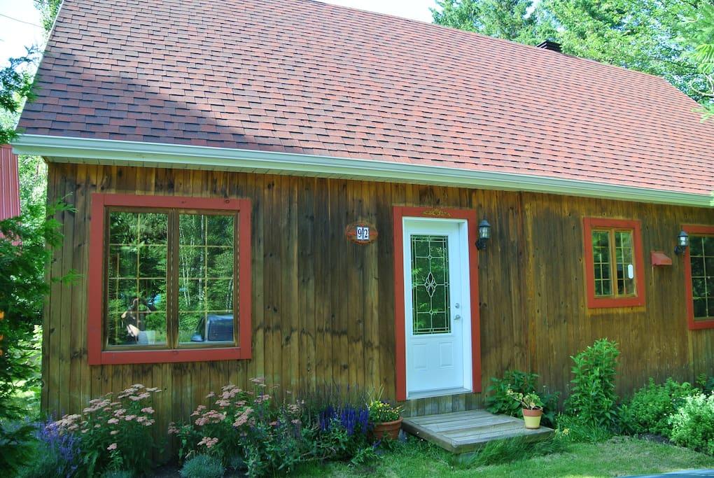 Le Bois Joly Maison D 39 H Tes Louer Saint Apollinaire Qu Bec Canada