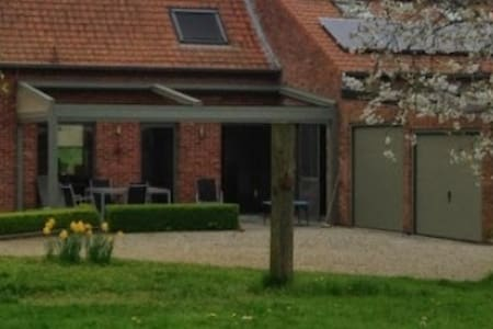 Parel in de westhoek - Zonnebeke - Bed & Breakfast