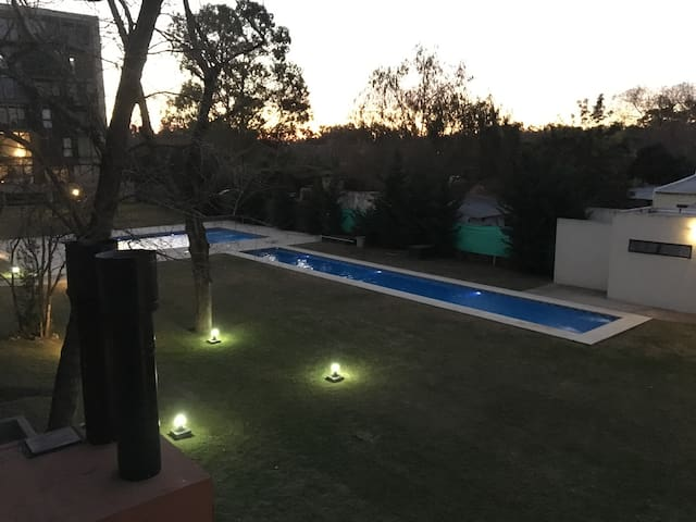 Cool place in Ezeiza to relax