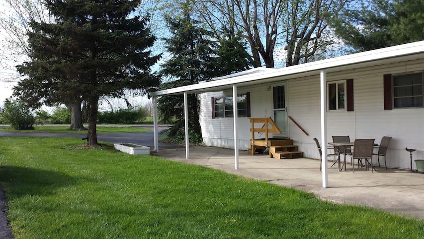 """Trail M Horse Farm Guest House """"Too"""""""