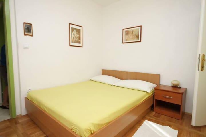 Room Makarska S-6691-a - Makarska - Apartment