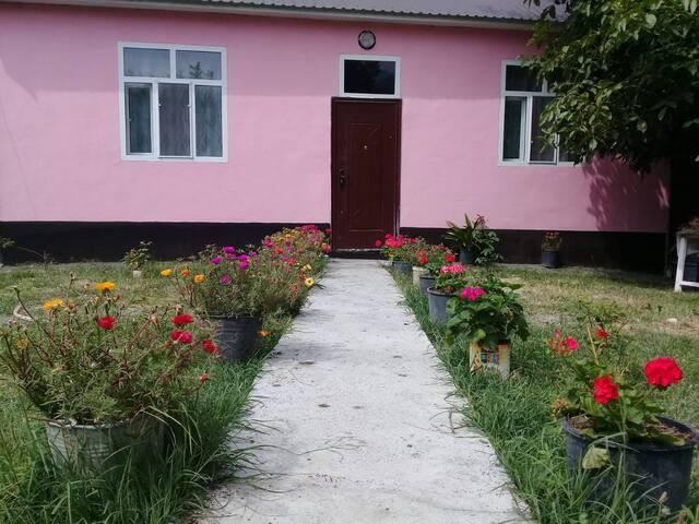 Red Villa 28 . Gabala