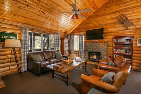 Dog friendly   Backyard   Fireplace   Smart TV   Netflix