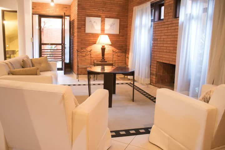 Duplex 5 con cochera en la mejor zona de Asunción