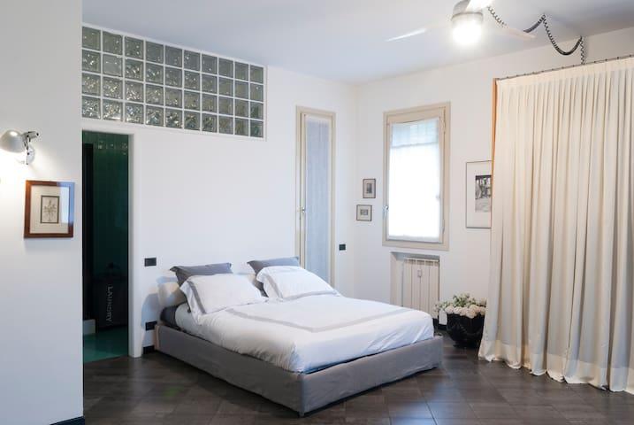 Appartamento in zona Parco e Villa Reale a Monza - Monza