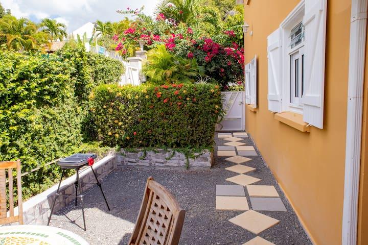 Ixora - Villa Rosa 1 chambre