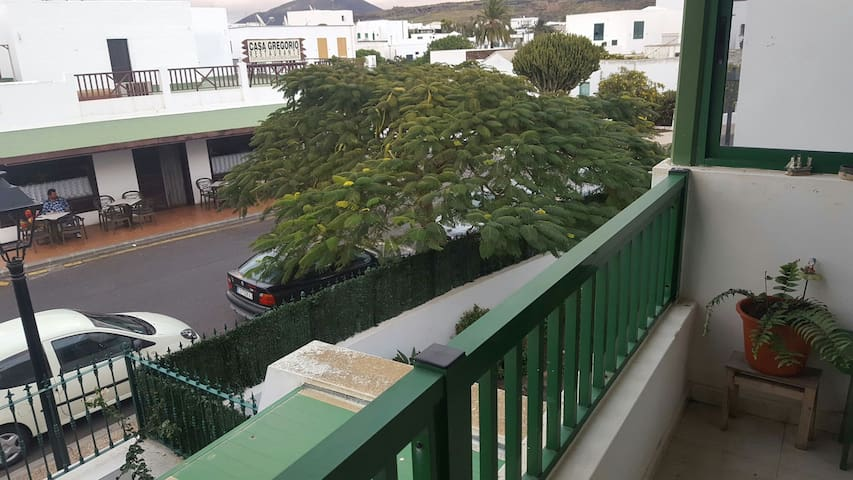 Coqueto Apartamento en UGA. - Uga, Canarias, ES - Apartamento