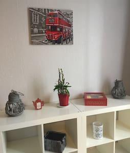 Studio meublé:3 km du centre-ville - Metz - Apartemen
