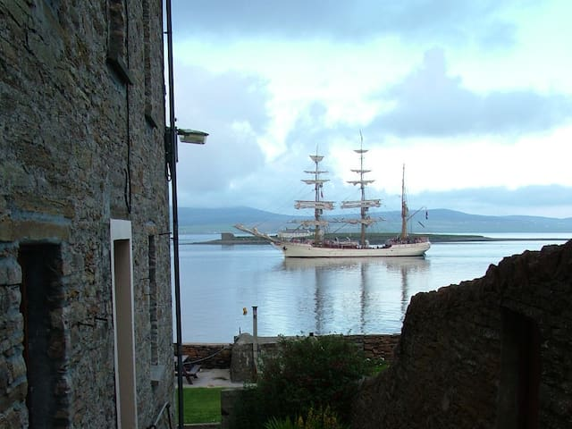 Pierhouse, Stromness