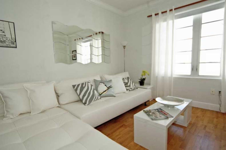 Elegant studio livinf space