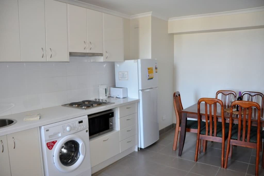 Fully equipped kitchen with dining 6 seater