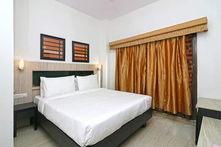 1 Bhk Serviced Apartment Near fortis Hospital