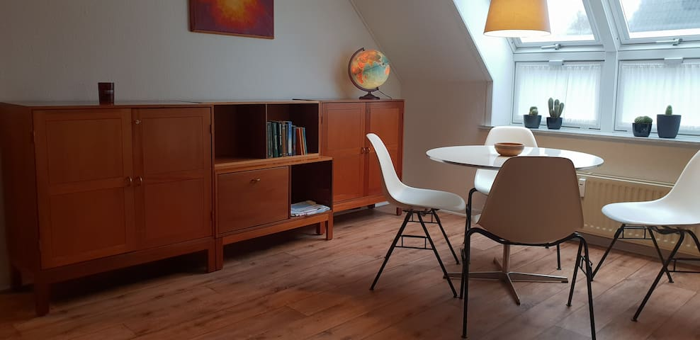 Bright cosy apartment near Herning, Ikast, Boxen.