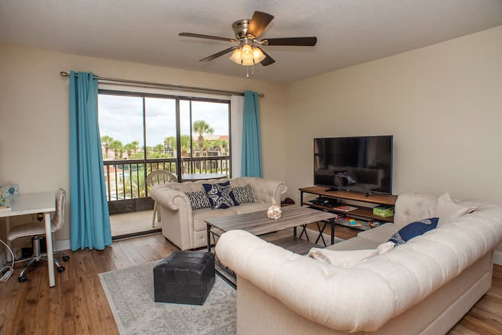 Poolside Stunner!  2BR with Private Balcony-Ocean Village Club K34