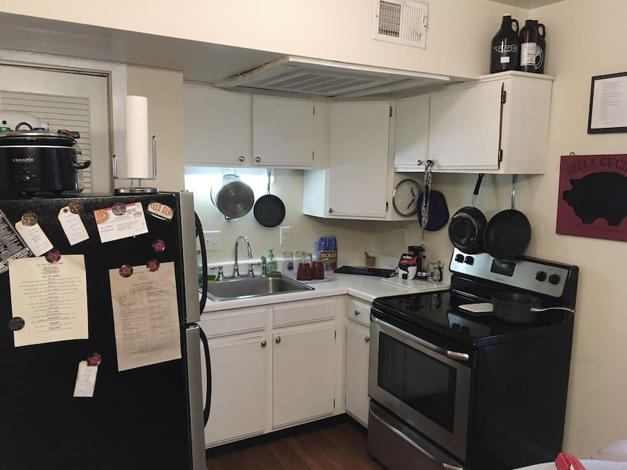 Full access to all kitchen appliances and cookware.