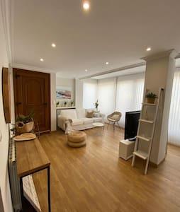 "Apartamento entero Costa Quebrada a 10"" del centro"