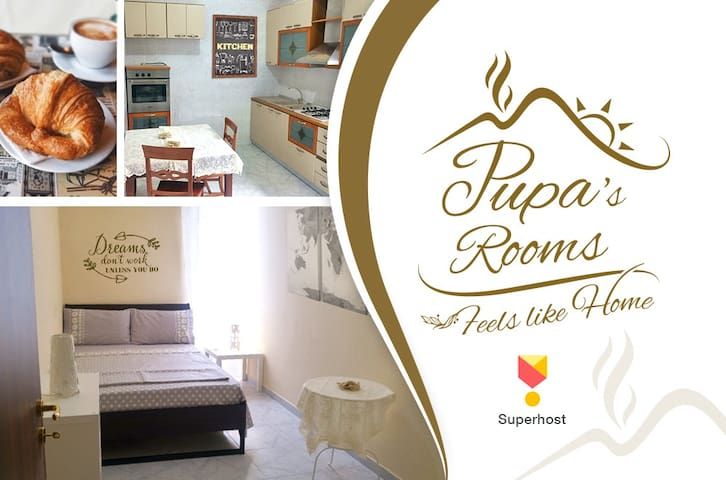 "Big ""House Di Pupa"" Rooms In The Heart Of Naples"