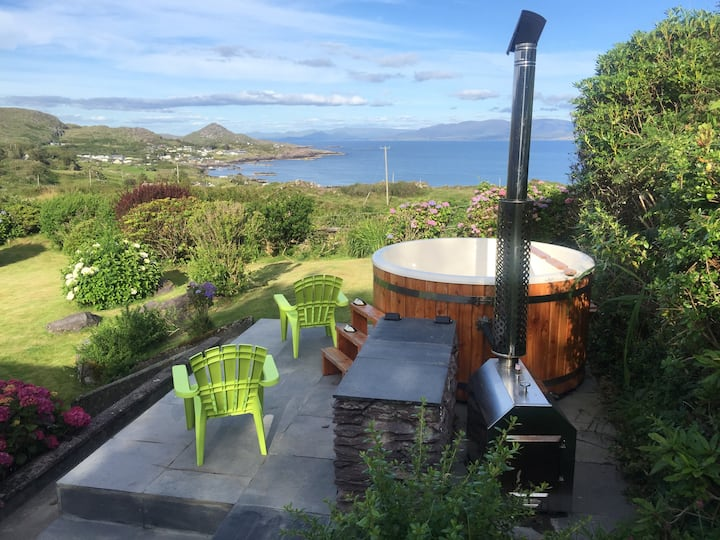 Caherdaniel-Ring of Kerry, hot tub,kayak and bikes