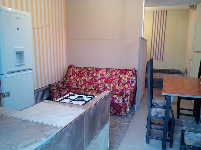 Near Budapest  rent apartman/4 pers - Diósd - Appartement