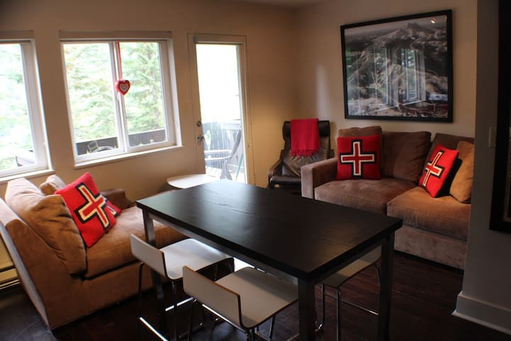 Crystal Chalets Preferred #516- Crown Point