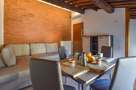 Holiday apartment with 2 bedrooms on 65m² in Camaiore
