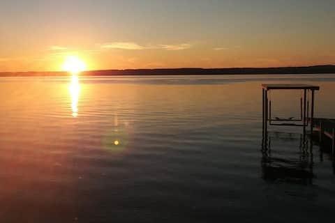 Romantic Hideaway in Finger Lakes