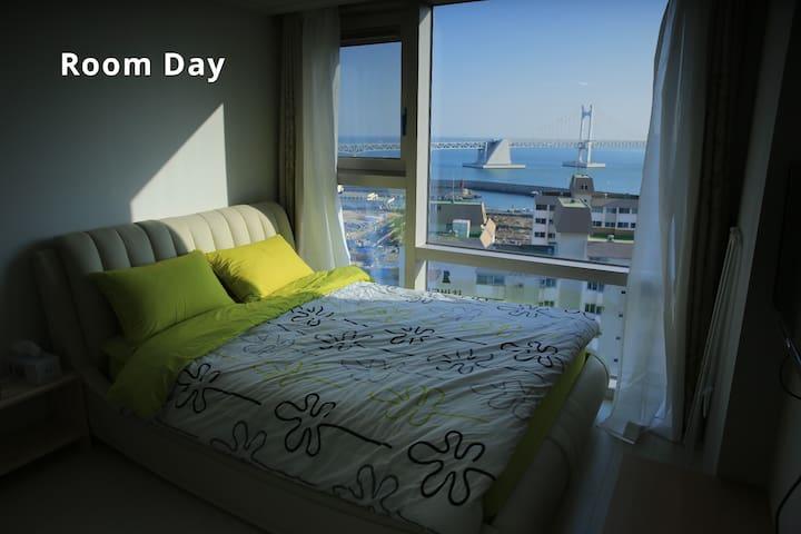 Room where window is big - 부산광역시 - Appartement en résidence