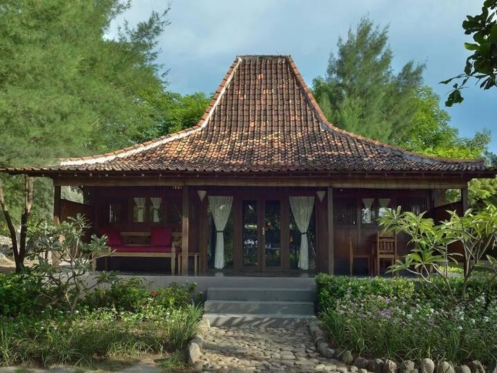 德萨杜尼亚贝达酒店Joglo家庭别墅