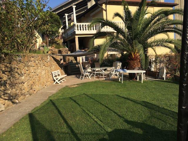 charme cote d'azur à l'italienne terrasse jardin - Latte - Wohnung