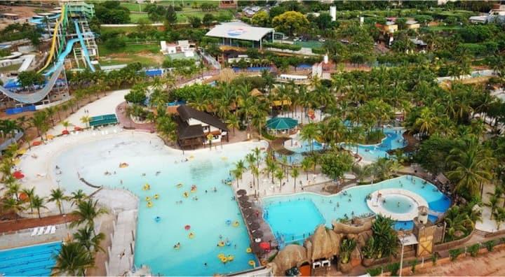 Olímpia Park Resort apto completo