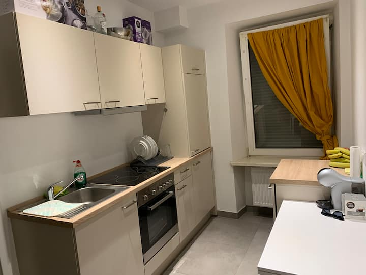 Studio 5 minutes from the Gare, in Bonnevoie!
