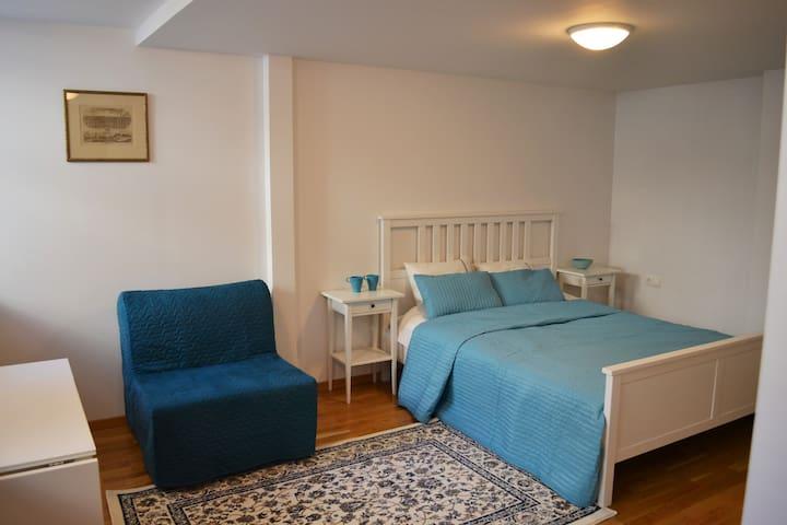 J. Basanavičiaus apartments