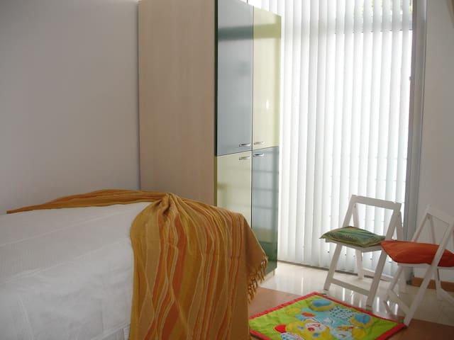Apartamentos Porto Pim - Green