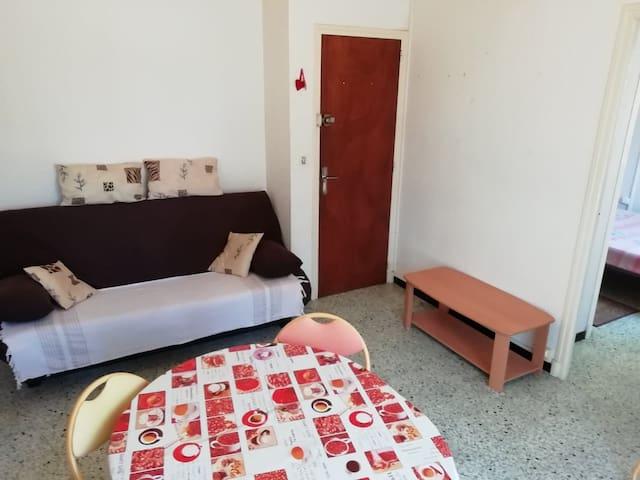 Appartement à 2 minutes de la Méditerranée