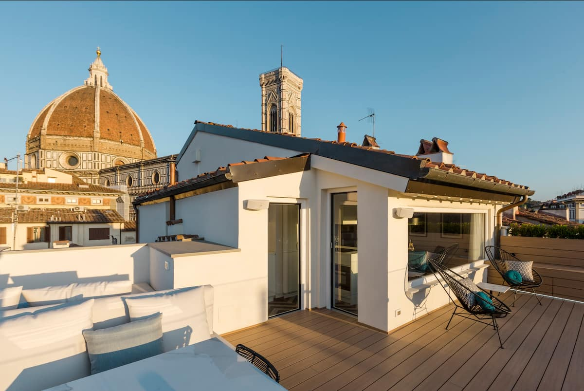 Enjoy a Boutique Penthouse Near the Duomo
