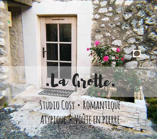 Studio La Grotte