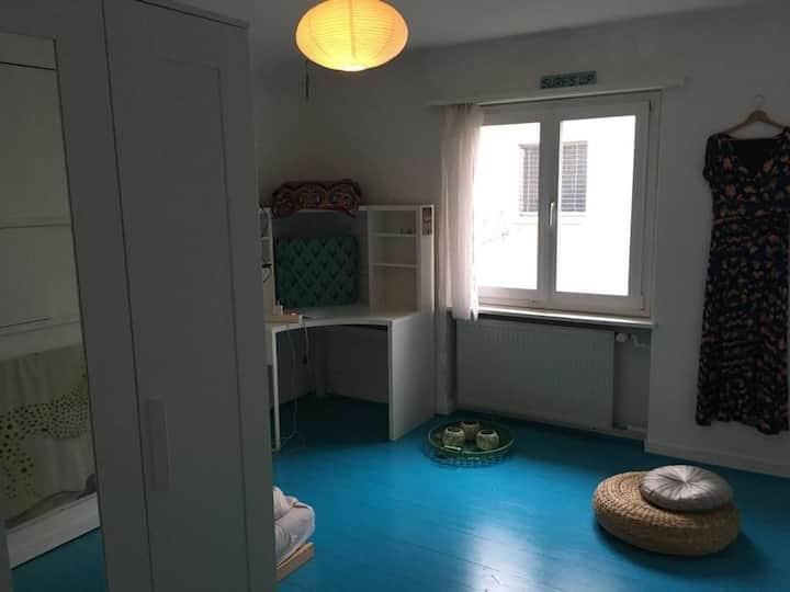 WG-Zimmer in Haus mit Garten zu vermieten