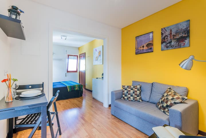 Great yellow apartment Coimbra 4C
