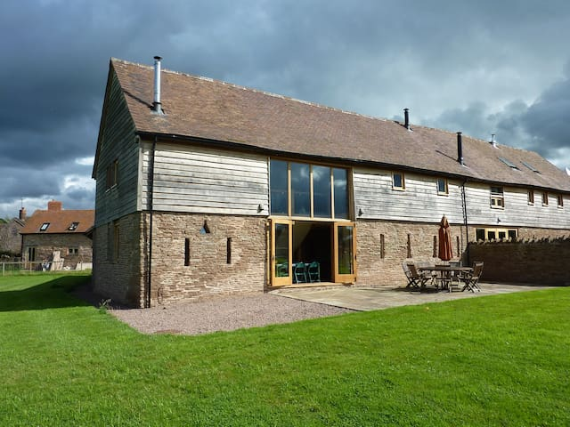 Bed and breakfast in amazing barn