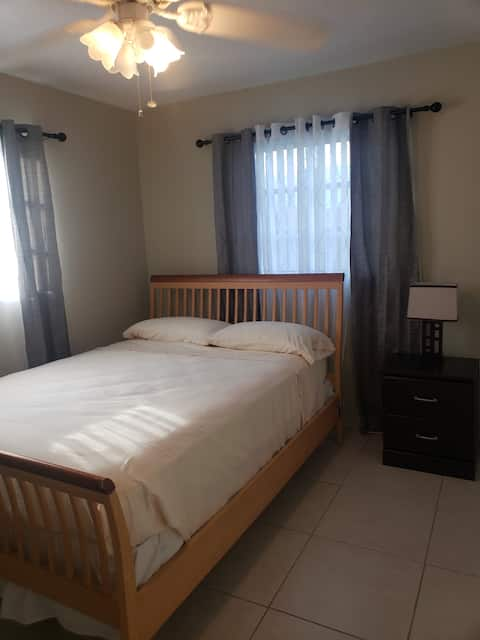Private Bedroom in the center of amenities
